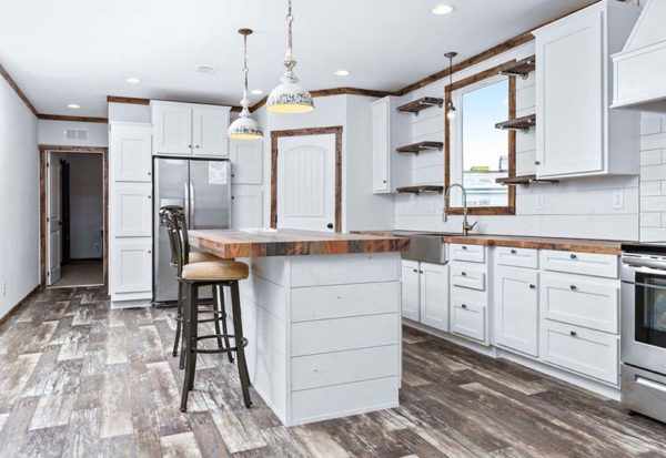 Clayton Lily Mae - Mobile Home - Kitchen
