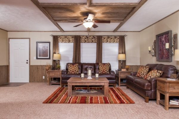 Highland Park - Mobile Home - Living Room