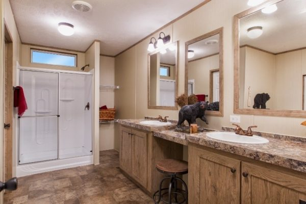 Highland Park - Mobile Home - Master Bathroom