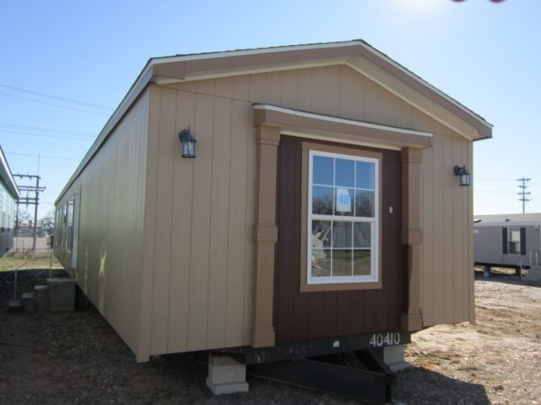 Pre-Owned Fleetwood Mobile Home