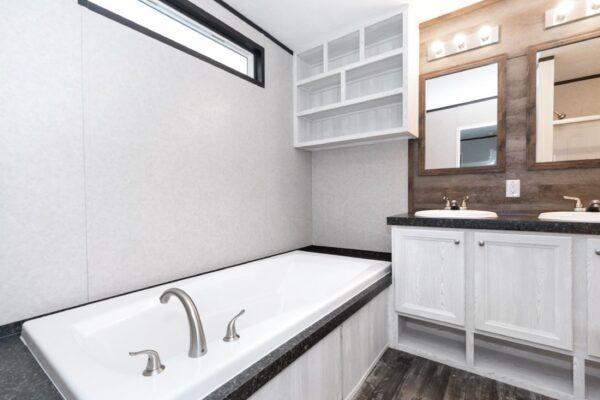 Revolution Mobile home Bath